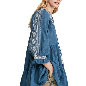 Free People Tops - Sold❗️FREE PEOPLE embroidered teal tunic top